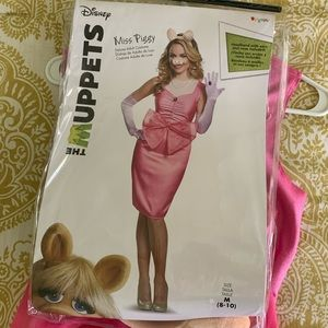 Miss Piggy Deluxe Adult Costume